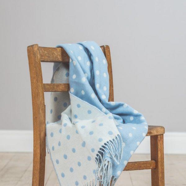 blue-spot-baby-blanket